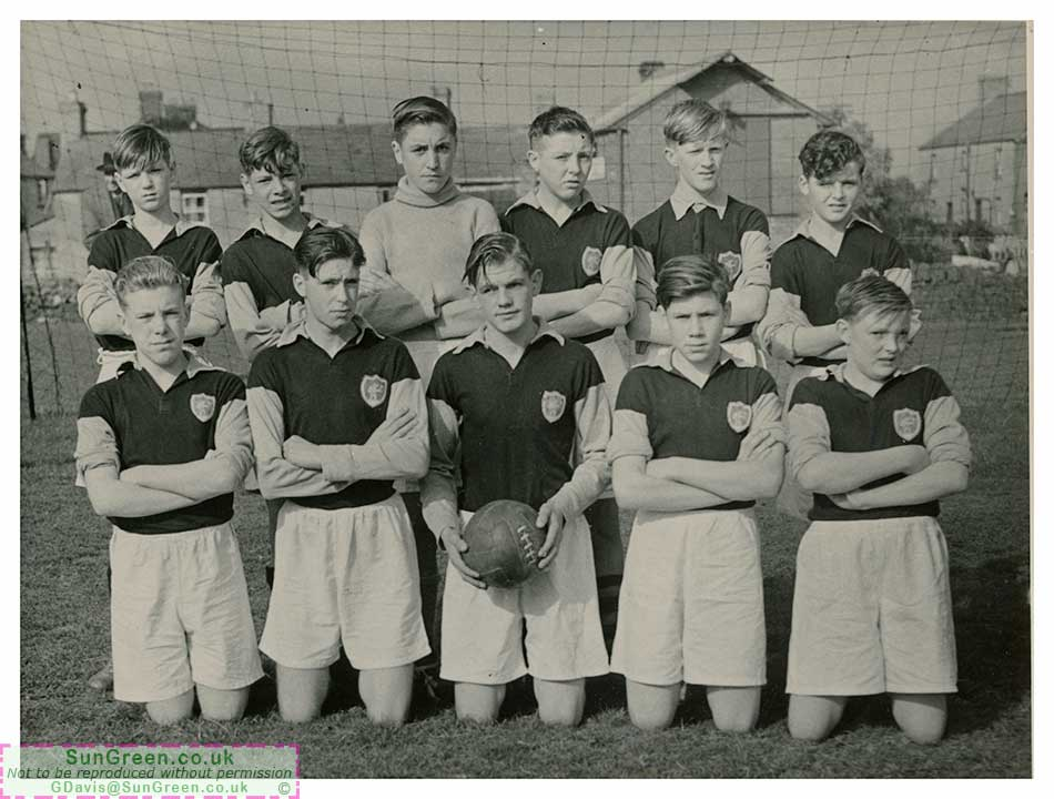 A photo of the Forest of Dean Youth Football Team c. 1953