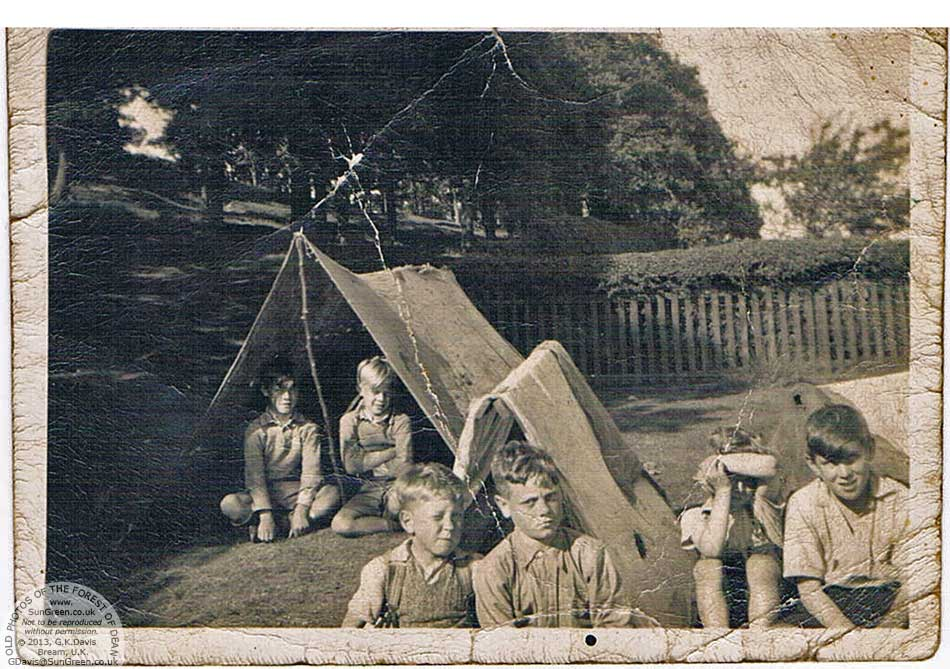 Children in home-made tents in Yorkley