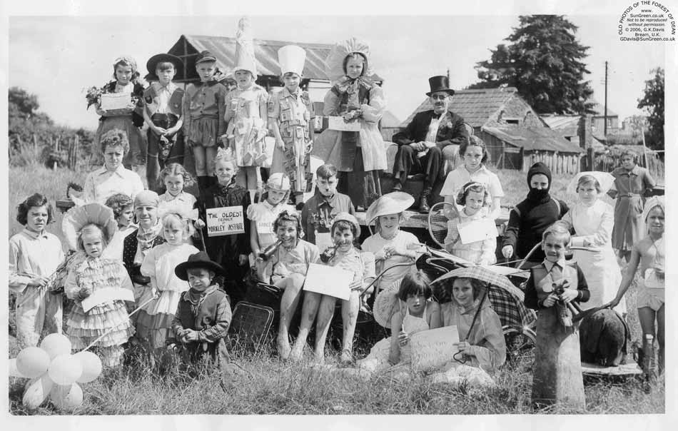 Yorkley Coronation Carnival Entrants In A Field